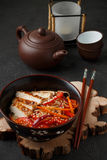 Warm salad of rice noodles with fresh vegetables and fried chicken Stock Images