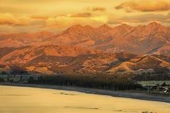 Warm sunrise on the Kaikoura Ranges, New Zealand Royalty Free Stock Photos