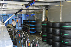 Warm up the tyres of a f1 car Royalty Free Stock Images