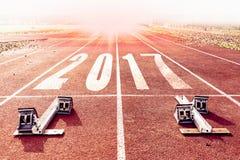 Warme Blickzahlen des neuen Jahres 2017 gemalt Lizenzfreies Stockbild