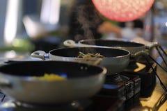 Warme Küche an einem Bankett lizenzfreie stockfotografie
