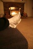 Warme Scène die - door de Brand rust. royalty-vrije stock fotografie