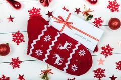 Warme sokken met mooie ornamenten royalty-vrije stock foto's