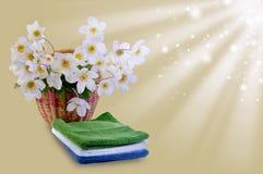 Warmer Hintergrund mit Blumen Lizenzfreies Stockfoto