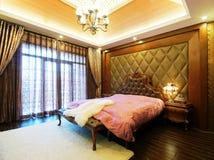 Warmes Schlafzimmer lizenzfreie stockfotos
