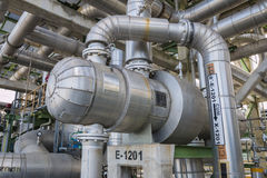 Warmtewisselaar in raffinaderijinstallatie Royalty-vrije Stock Foto