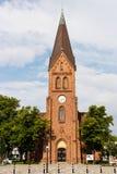 WARNEMUNDE, ALEMANIA - CIRCA 2016: La iglesia del nde del ¼ de Warnemà es un edificio neogótico en nde del ¼ de Warnemà imagen de archivo libre de regalías