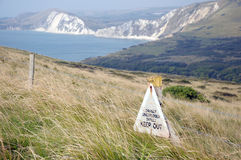 Warning sign on Dorset Coastal path Royalty Free Stock Photos