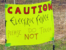 Warning sign hand written electric fence Royalty Free Stock Images