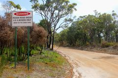 Warning sign for a rough road, 4wd only, Australia Royalty Free Stock Photos