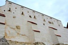 Warowny średniowieczny saxon kościół w wiosce Feldioara, Marienburg, Transylvania, Rumunia Zdjęcia Stock