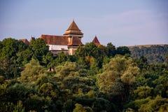 Warowny kościół w wiejskiej stronie Transylvania Zdjęcie Stock
