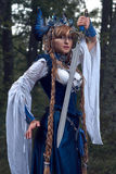 Warrioress di valchiria in costume della gazza Fotografia Stock Libera da Diritti