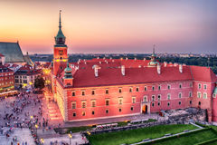 Warsaw, Poland: Castle Square and the Royal Castle, Zamek Krolewski w Warszawie. In the sunset of summer Stock Photos