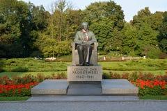 Warsaw Polen En monument till Ignatsy Yang Paderevsky 1860-1941 i Uyazdovskyen parkerar Royaltyfria Foton