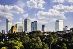 Warschau im Stadtzentrum gelegen am Nachmittag Lizenzfreie Stockfotos