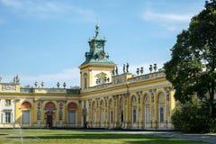 WARSCHAU, POLAND/EUROPE - 17. SEPTEMBER: Annäherung an Wilanow Palac stockfotos