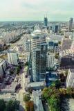 Warschau/Polen - 09 15 2015: Vertikale Ansicht am modernen Glas-skyscrape Stockfoto