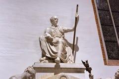 WARSHAU, POLEN - JANUARI 01, 2016: Monument van telling Stanislaw Malachowski 1788-1789 in St John ` s Archcathedral Royalty-vrije Stock Foto's
