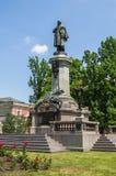 Warshau, Polen - Juni 23, 2016 Monument aan Adam Mickiewicz in het Poolse kapitaal Royalty-vrije Stock Afbeeldingen