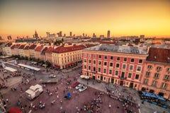 "WARSZAWA POLEN †""5 AUGUSTI, 2017: den gamla staden, Krakowskie Predmiescie, den mest prestigefulla gatan av den polska huvudsta Royaltyfria Bilder"
