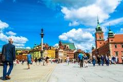 "Warszawa Polen †""Juli 14, 2017: Plac Zamkowy - slottfyrkanten i Warszawa Fotografering för Bildbyråer"