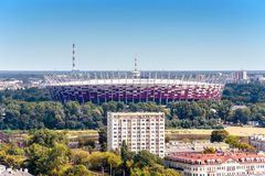 Warszawa/Polen - 09 15 2015: Flyg- sikt på den nationella stadion royaltyfria foton