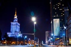 Warszawa Polen - mars 28, 2016: Slotten av kultur och vetenskap Polermedel: Palac Kultury I Nauki, också förkortade PKiN arkivbild