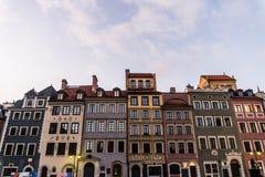 WARSZAWA POLEN - November, 2017: Är den historiska gamla staden för Warszawa` s den enda återställda staden som inskrivas på arve Arkivbilder