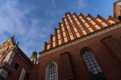 WARSZAWA POLEN - November, 2017: Är den historiska gamla staden för Warszawa` s den enda återställda staden som inskrivas på arve Arkivfoto