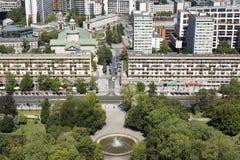 Warszawa, Polska, Lipiec 21 2016: Widok z lotu ptaka parkowy i miastowy okręg Zdjęcia Royalty Free