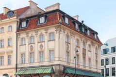 Warszawa, Polska Sierpień 19, 2017 Plac Zamkowy Dom w starym miasteczku w Warszawa Fotografia Royalty Free