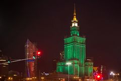 WARSZAWA POLSKA, STYCZEŃ, - 02, 2016: Noc widok pałac kultura i nauka Obrazy Royalty Free