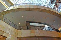 Warszawa, Polska Wnętrze centrum handlowego ` złoto Tarasuje ` Fotografia Royalty Free