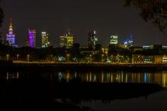 Warszawa vid natt, Polen Royaltyfri Bild