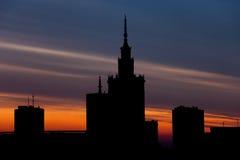 Warszawahorisont på solnedgången i Polen Fotografering för Bildbyråer