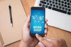 WARSZTATOWA strategia biznesowa i Różnorodny Biznesowy Pracujący onlin Obraz Stock