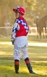 Warten auf ein Rennpferd Lizenzfreies Stockfoto