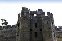 Warwick Castle - porthus-/porttorn royaltyfria foton