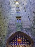 Warwick Castle - porttorn/porthus i Warwick, Warwickshire, UK royaltyfri bild