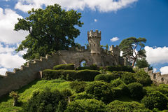 Warwick Castle walls. Defensive walls and gardens at Warwick Castle, England Royalty Free Stock Images