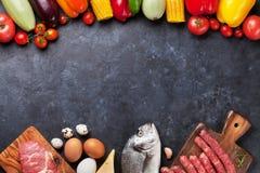 Warzyw, ryba i mięsa kucharstwo, Obrazy Stock