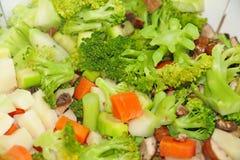Warzywa gotujący w pucharze fotografia royalty free