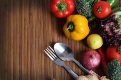 Warzywa i cutlery zdjęcie royalty free