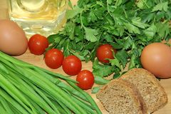 Warzywa, jajka i chleb, Fotografia Royalty Free