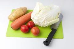 Warzywa na ciapanie desce zdjęcie stock