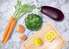 Warzywa na marmurowym stołowym wierzchołku Zdjęcia Stock