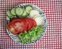 Warzywa na talerzu. Obrazy Stock