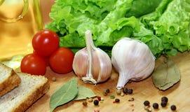 Warzywa, pikantność i chleb, Obrazy Stock
