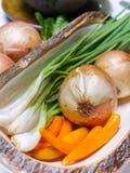 Warzywa ustawiający na bielu stole Zdjęcie Royalty Free